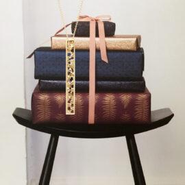 G7565-kultainen-riipus-kaulakoru-Tammi-Jewellery-Finland-Finnish-Design-shop-online-jewelry-verkkokauppa