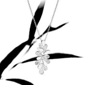 S3893 Bloom-riipus kaulakoru tammi-jewellery Finnish Design shop verkkokauppa koru