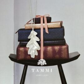 S3906-metsän-Aarteet-tammenlehti-riipus-xl-Tammi-Jewellery-design-news