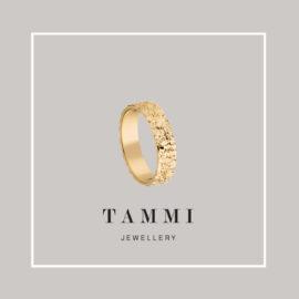 G1678-kultainen-tammi kihlasormus-vihkisormus-tammi-jewellery-tammen-koru-sormus miesten naisten unisex käsityönä suomessa valmistettu kierrästyskultainen